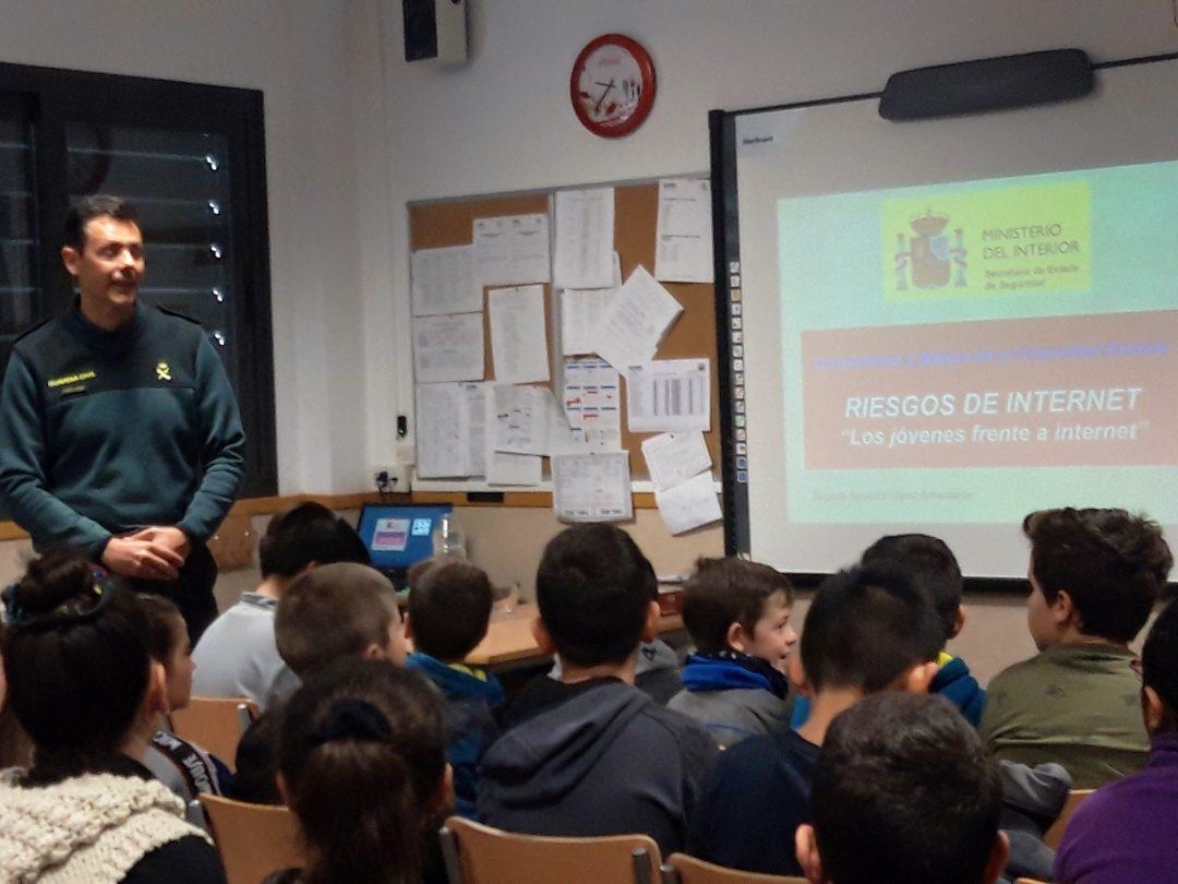 EDUCACIÓN Y SEGURIDAD DIGITAL ¡Un reto de la Escuela S.XXI!